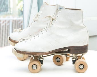 CHICAGO Men's Roller Skates, sz 9 -- Made in USA ! --> White Leather