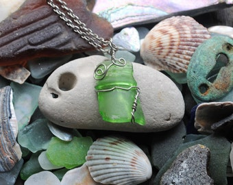 Seaglass bottletop Pendant