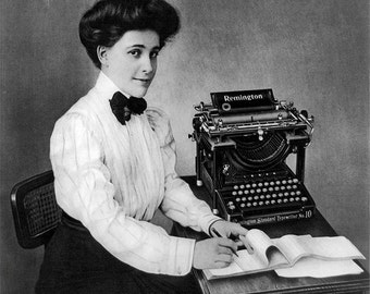 Remington Typewriter Photo, Black White Photography, Typewriter Print, Remington Typewriter, Women's History, Vintage Typewriters