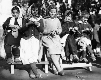 Girls Knitting in Albania, Knitters, Girls, Print, Black and White Photography, Photos, Wool, Crochet Friendship, Friends