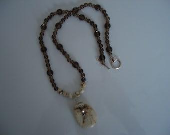 Necklace - Semi-precious stones - handcrafted