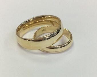 Men's yellow gold wedding band set