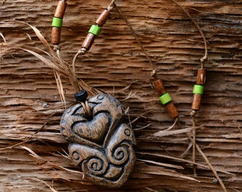The amulet on the harmonization of interpersonal relations.