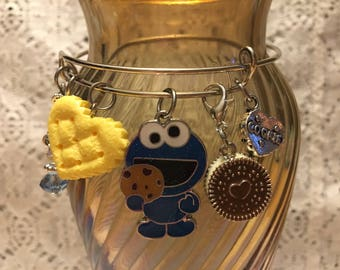 Cookie Monster Charm Bangle Bracelet/Cookie Monster Bracelet/Cookie Monster/Sesame Street Jewelry/Cookie Monster Charm Bangle/Cookies Bangle
