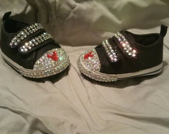 Mickey mouse infant shoes