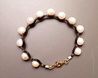 Wire wrapped fresh water pearl and leather bracelet