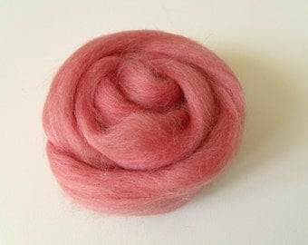 25g carded wool felting or spinning old Rose Merino