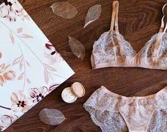 Nude lingerie / Lace lingerie set / Nude bralette / Soft bra and lace panties / Cream lingerie / Beige lingerie / Sexy lingerie / Bridal set