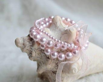 Charming Delicate Pink Bead Bracelets
