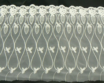 Fine white embroidery with scalloped mt 2.28