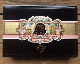 My Father Cigars black empty cigar box//woodworking//Jewelry box//storage