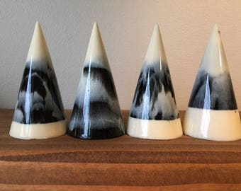 Black and Cream Marbled Ring Cone (Tall)