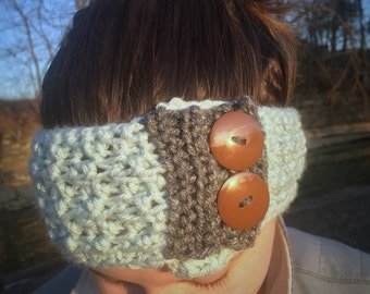 Crochet Earwarmer with Buttons