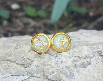 Mint Green Gold Flake Earrings - Gold Stud Earrings - Bridesmaid Earrings - Bridesmaid Gifts - Spring Jewelry - Mint Gold Jewelry 《the Jess》