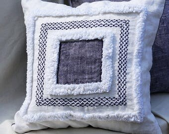 White Linen pillow cover Sofa Designer pillow case Farmhouse pillow Bed Summer Art Outdoor pillow Patio cushion cover Hand embroidery pillow