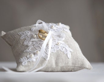 Wedding Ring Pillow, Ring Bearer Pillow , Lace ring pillow, Rustic Ring Pillow, Linen Ring Pillow