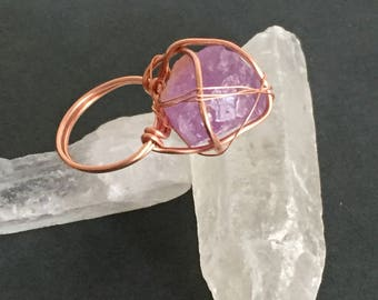 Ring with rough Amethyst
