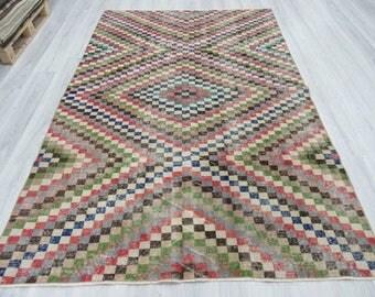 5' 11''x9' 2'' Hand knotted vintage decorative Turkish rug