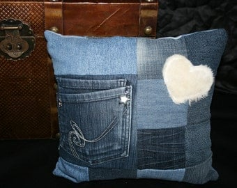 Denim pillow with Pocket and plush heart, 30x30cm