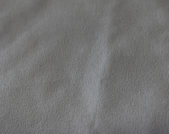 30 Vintage White Polyester