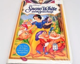 Walt Disney Movies ~ Walt Disney Masterpiece Snow White ~ Snow White and the Seven Dwarfs VHS ~ Snow White VHS Movie ~ Collectible VHS Movie