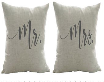 Mr. and Mrs pillow- Engagement gift, Wedding gift, Anniversary gift, Decorative Pillow, Birthday gift for her, Pillow for bed, Farmhouse