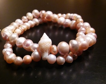 Freshwater pearls and shell bracelet