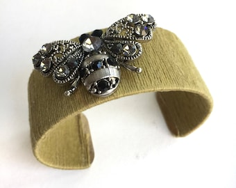 Vintage Bumble Bee Cuff
