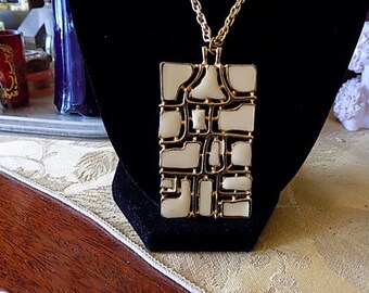 Abstract enameled 60's beige over gold necklace on a long chain