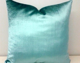 Luxury Turquoise Velvet Pillow Cover, Velvet Pillow, Turquoise Pillows, Designer Pillows, Throw Pillow, Cushion, Blue Velvet Pillow Covers