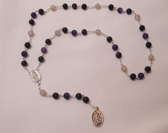 Saint Michael Chaplet with St Michael/Guardian Angel Medal and Miraculous Centerpiece, Purple and White Glass