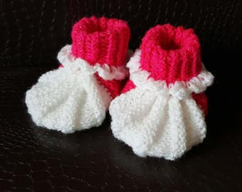 Handmade booties for baby girl / size 3-6 Months / Baby girl clothing