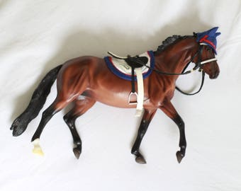 Bay Thoroughbred Mare Breyer Horse - Tack Included - RIDER NOT INCLUDED