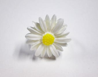 White daisy adjustable ring large daisy ring resin flower ring summer ring gift for her