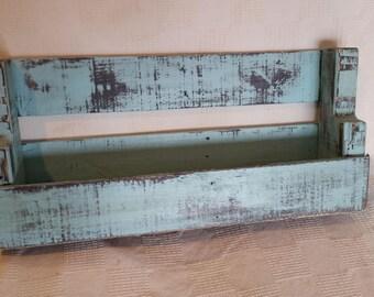 Reclaimed pine pallet shelf