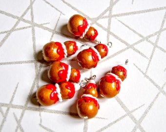 4 handmade polymer clay strawberry french puff pastry charms, size 20x10mm - miniature religieuse, handmade in france