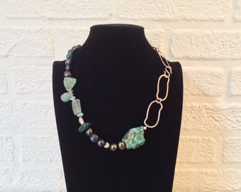 Artistic necklace