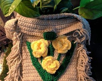 Crochet Fringe Purse with Flowers