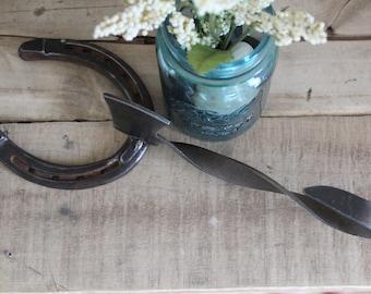 Horseshoe & Axe Hook || Rustic Decor || Farmhouse Decor || Farmhouse || Rustic || Horseshoe || Horseshoe Hook || Repurposed Metal