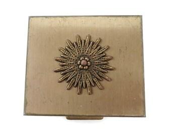 Women's Petty Cash Compact Vintage Gold Tone Change Box Collectors Compact
