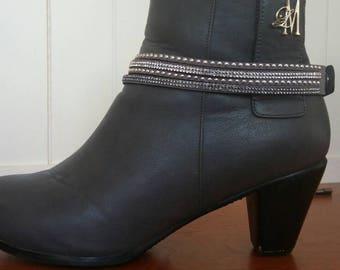 Grey studs and rhinestones boot bracelet