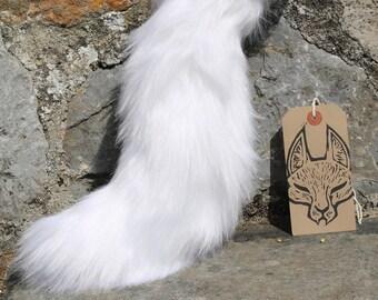 Medium furry tail