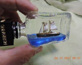 Ship in a bottle Fishing Schooner