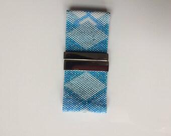 Blue Pearl bracelet triangles