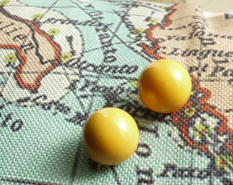 80s iconic vintage mustard earrings