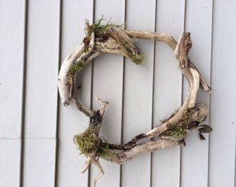 Driftwood Wreath Love
