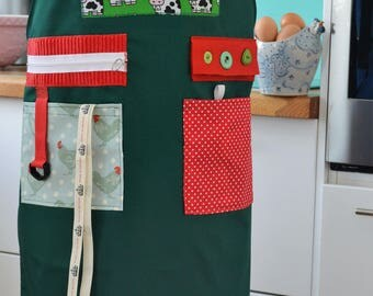 The Original Memory Apron for Memory Loss and Dementia - Chicken & Cows, Medium, Green