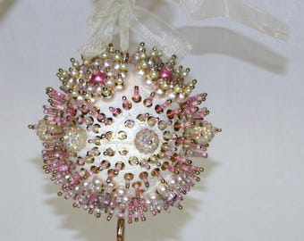 Christmas Tree Ornament pink
