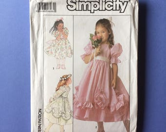 Vintage Pattern - McCall's 8987 Child's Dress