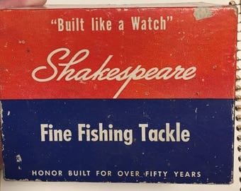 Shakespeare fishing reel 1950's in box vintage
